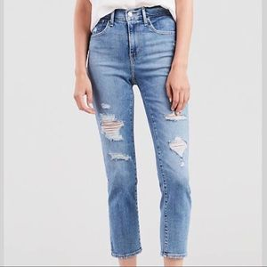 Levi's 724 Wedgie Fit High Rise Straight Mom Jeans